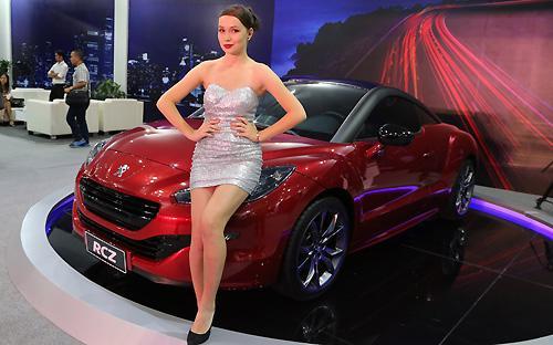 RCZ là mẫu xe đầu tiên của Peugeot không áp dụng phương pháp đặt tên truyền thống.