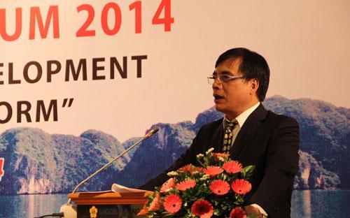 Viện trưởng Viện Kinh tế Việt Nam Trần Đình Thiên - Ảnh: Công Khanh.<br>