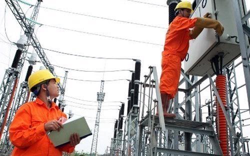 Trong tháng 2/2014, điện sản xuất của EVN chỉ chiếm 37,12%, trong khi điện mua chiếm đến 62,88%.