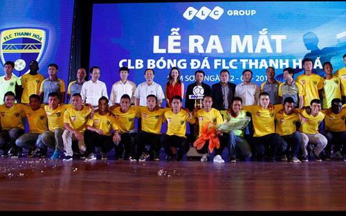 Chủ tịch UBND tỉnh Thanh Hóa Nguyễn Đình Xứng khẳng định, việc chuyển  giao Câu lạc bộ bóng đá Thanh Hóa về Tập đoàn FLC là bước phát triển phù  hợp với xu thế phát triển bóng đá chuyên nghiệp.<br>