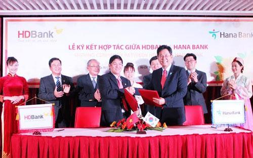 Sự kiện hợp tác giữa HDBank với Hana Bank diễn ra ngay sau khi Hiệp định Thương mại tự do Việt Nam - Hàn Quốc (VKFTA) được ký kết.