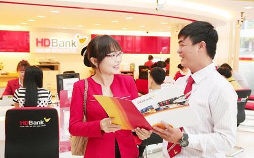 """Chương trình """"Giao dịch càng nhiều - Tiền thưởng càng cao"""" sẽ được HDBank xét thưởng theo từng tháng, với những doanh nghiệp phát sinh từ 20 giao dịch trở lên.<br>"""