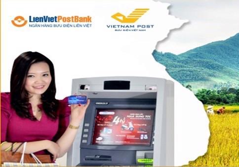 Dịch vụ này tiếp cận khách hàng thông qua các bưu cục trên khắp cả  nước, giúp khách hàng có thể giao dịch tại mọi địa điểm mà chưa lắp đặt  ATM.