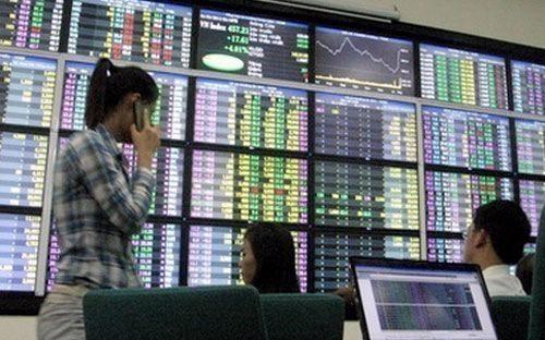 Riêng tháng 7, đã có thêm 112 nhà đầu tư nước ngoài bao gồm  40 tổ chức và 72 cá nhân đầu tư nước ngoài được VSD cấp mã số giao dịch  chứng khoán.