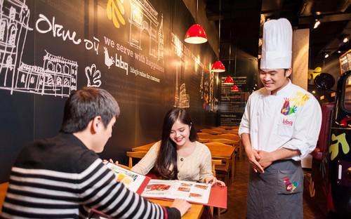 Với mức đầu tư chỉ từ 50.000 USD (1 cửa hàng), các nhà đầu tư Việt có thể gia nhập hệ thống nhà hàng BBQ Chicken trên toàn cầu.