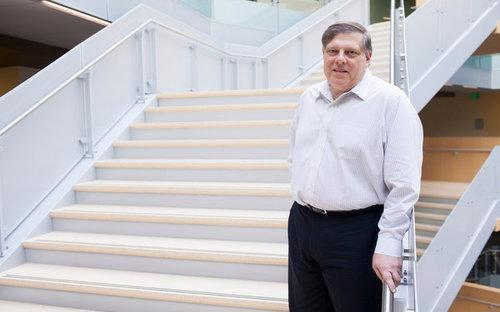 Ông Mark Penn rời Microsoft để thành lập một quỹ tư nhân - Ảnh: The New York Times.