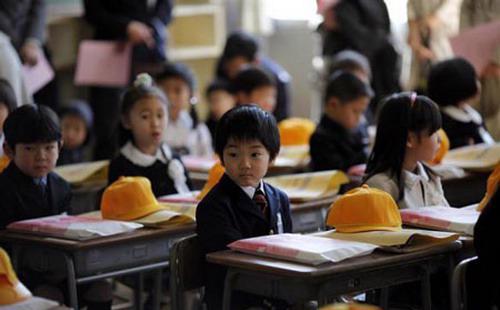 Nhiều chuyên gia giáo dục trên thế giới đánh giá cao hệ thống giáo dục tiểu học và trung học cơ sở của Nhật - Ảnh: BeyondNuclear.<br>