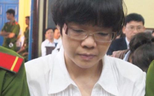 Bị cáo Huyền Nhưtrong phiên xét xử sáng 13/1 - Ảnh: Tuổi Trẻ.