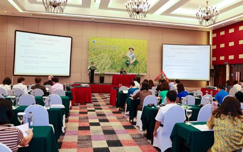 Quang cảnh đại hội đồng cổ đông Công ty Cổ phần Xuyên Thái Bình (PAN-HOSE) chiều 10/5.