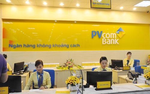 Từ 1/10/2013, PVcomBank được thành lập trên cơ sở hợp nhất Tổng công ty  Tài chính Cổ phần Dầu khí (PVFC) với Ngân hàng Phương Tây (Western Bank), với quy mô tổng tài  sản gần 100.000 tỷ đồng, vốn điều lệ 9.000 tỷ đồng cùng 108 điểm giao  dịch trên cả nước.