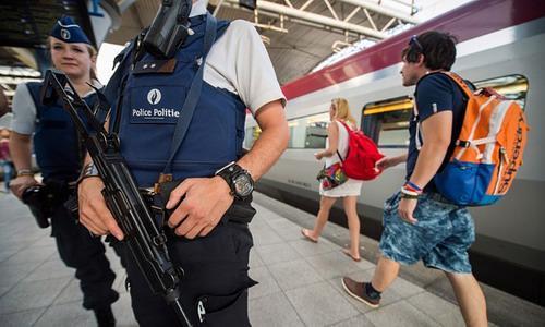 Cơ quan cảnh sát của Liên minh Châu Âu (EU), khẳng định những người châu Âu trở về từ Iraq và Syria hiện đang gây ra những rủi ro an ninh lớn nhất tính từ vụ khủng bố ngày 11/09/2001 - Ảnh: Guardian.<br>