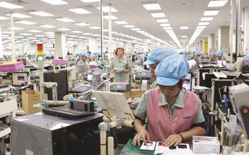 Bên trong nhà máy của Samsung tại Bắc Ninh<br>