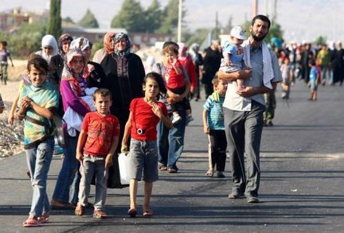 Dòng người di cư tiếp tục đổ về châu Âu.