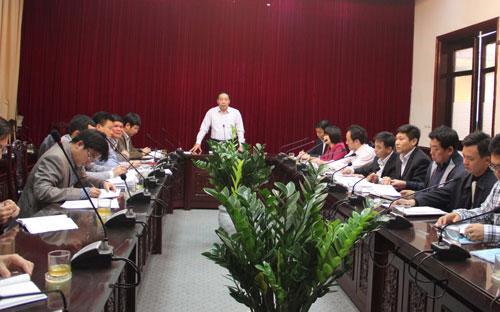 Thứ trưởng Nguyễn Hồng Trường chủ trì buổi làm việc chiều 5/1.<br>