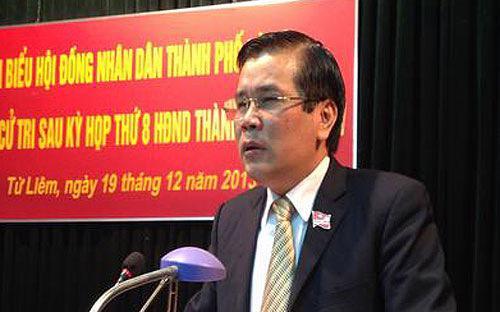 Ông Lê Văn Thư, nguyên Bí thư huyện Từ Liêm được chỉ định giữ chức Bí thự quận uỷ Bắc Từ Liêm.<br>