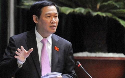 Trưởng ban Kinh tế Trung ương Vương Đình Huệ cho rằng cần tập trung xử lý những vấn đề nội tại của nền kinh tế.