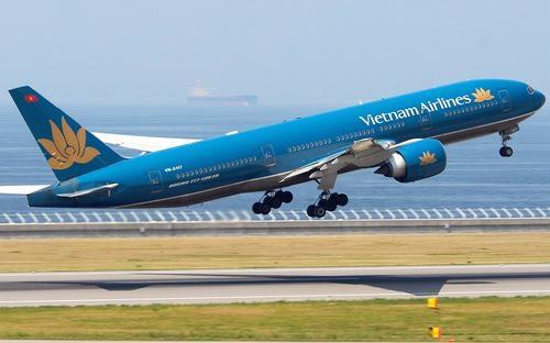 Đối với máy bay thuộc sở hữu của tổ chức, cá nhân Việt Nam, máy bay được thuê - mua hoặc thuê không có tổ bay với thời hạn thuê từ 24 tháng trở lên để khai thác tại Việt Nam, phải đăng ký mang quốc tịch Việt Nam theo quy định tại nghị định này.