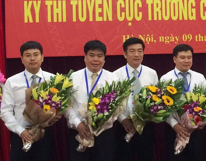 Ông Vũ Quang Khôi (thứ hai từ trái sang) tại lễ khai mạc cuộc thi tuyển Cục trưởng Đường sắt vừa được tổ chức.<br>