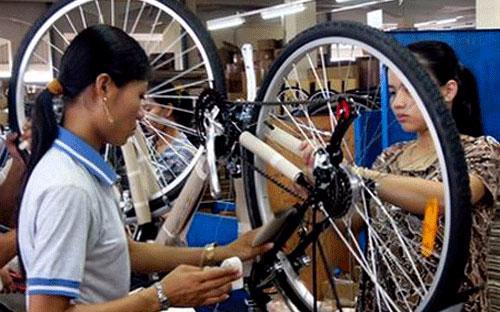 Việt Nam là một trong số ít quốc gia tiếp tục được nhà đầu tư nước ngoài lựa chọn là điểm đến đầu tư hấp dẫn.