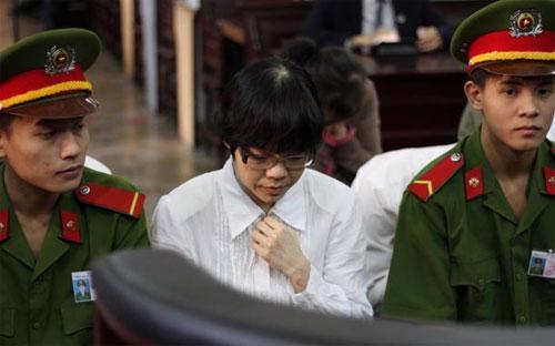 Bị cáo Huyền Như trong phiên xét xử - Ảnh: Tuổi Trẻ.