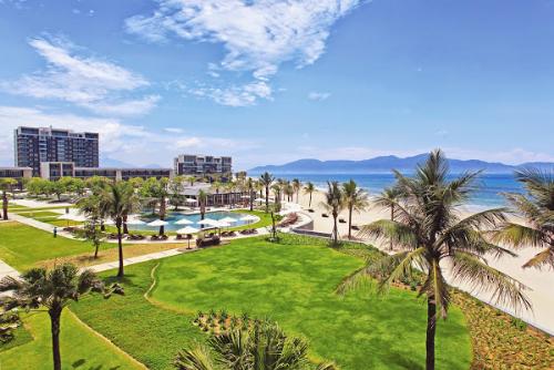 Các bất động sản nghỉ dưỡng biển luôn dẫn đầu trong phân khúc bất động  sản hạng sang. Thông tin chi tiết dự án tham khảo website:  http://www.marblemountainresidences.com hoặc gọi hotline 0905871234.