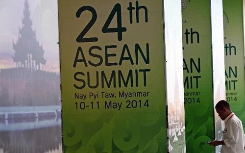 """""""Những vụ việc mới nhất trên biển Đông là vấn đề hết sức nghiêm trọng"""", Bộ trưởng Bộ Ngoại giao Singapore, ông K. Shanmugam nói hôm 10/5 - Ảnh: AFP.<br>"""
