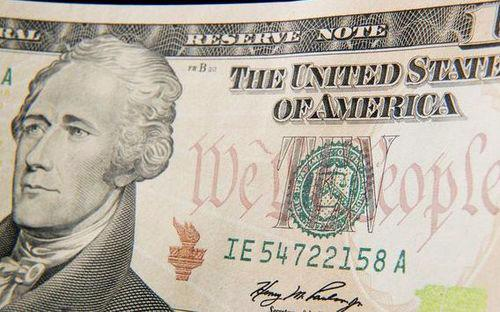 Hình ảnh Bộ trưởng Tài chính Alexander Hamilton xuất hiện trên tờ 10 USD từ năm 1929 - Ảnh: BBC.