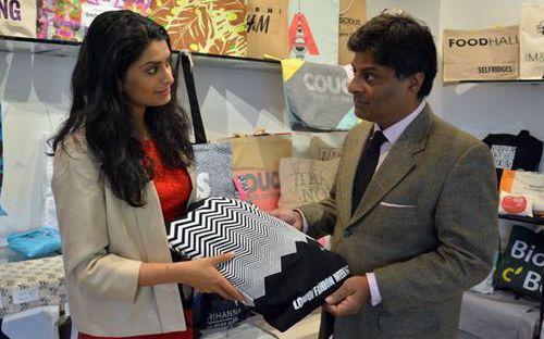 Smruti Sriram từng phải thuyết phục cha mình cho phép tham gia vào công ty của ông - Ảnh: BBC.<br>