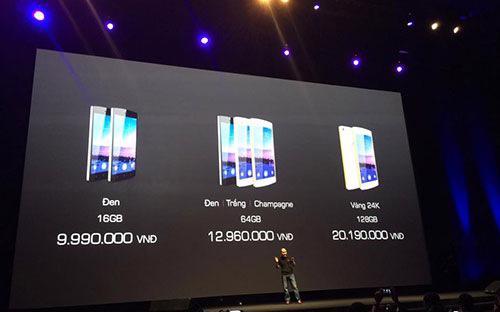 Bphone của Bkav với 3 phiên bản chính, gồm bản 16 GB (màu đen), bản 64 GB (màu trắng, đen, vàng champagne) và phiên bản cao cấp nhất được mạ vàng 24k 128 GB, với giá bán (đã bao gồm VAT) tương ứng là 10.989.000 đồng, 13.959.000 đồng và 22.209.000 đồng.<br>