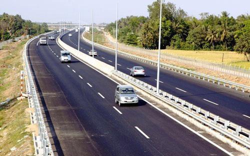 Các dự án giao thông cũng nằm trong danh mục được Chính phủ ưu tiên bảo lãnh.<br>