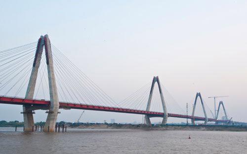 Cầu Nhật Tân, Hà Nội vừa được khánh thành trong tháng 1/2015.<br>