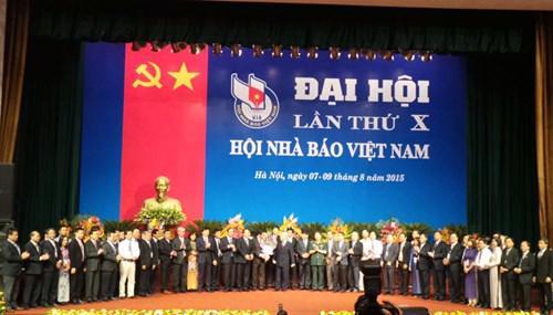 Đại hội đã đề ra 11 nhiệm vụ trọng tâm giai đoạn 2015-2020 và bầu Ban Chấp hành Hội Nhà báo Việt Nam khóa 10 nhiệm kỳ 2015-2020, gồm 57 người. <br>