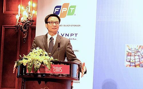 """Phó thủ tướng Vũ Đức Đam tại """"Diễn đàn cấp cao Công nghệ thông tin - Truyền thông Việt Nam 2015"""" ngày 25/6."""