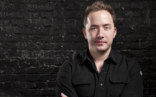 Drew Houston bắt đầu công việc kinh doanh từ năm 20 tuổi. Hiện tại, ứng dụng Dropbox là một trong những dịch vụ lưu trữ trực tuyến tốt nhất thế giới - Ảnh: Technology Review.