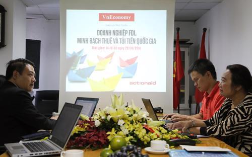 """Để tạo một diễn đàn với nhiều góp ý, khuyến nghị chính sách liên quan đến hiện tượng chuyển giá, lách thuế, trốn thuế của doanh nghiệp FDI, cũng như sự công bằng trong chính sách thuế nói chung, VnEconomy phối hợp với ActionAid Vietnam tổ chức buổi giao lưu trực tuyến với chủ đề: """"Doanh nghiệp FDI, minh bạch thuế và túi tiền quốc gia"""" - Ảnh: Đức Thọ."""