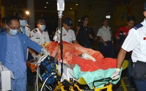 Ông Loeng được đưa tới bệnh viện cấp cứu nhưng không qua khỏi - Ảnh: World News Report.<br>