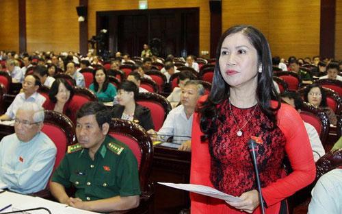 Các đại biểu thảo luật Luật Bảo hiểm y tế sửa đổi, ngày 22/5 - Ảnh: TTXVN.<br>