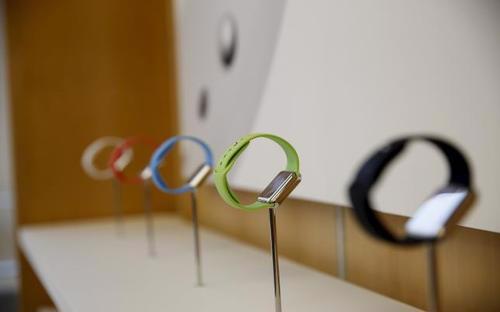 Apple được nhận định là sẽ thu được khoản lợi nhuận lớn từ việc bán phụ kiện của Apple Watch - Ảnh: Reuters.