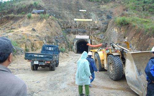 Hiện trường nơi xảy ra sự cố sập hầm thuỷ điện Đạ Dâng-Đa Chomo sáng 16/12.<br>
