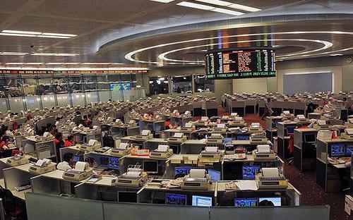 Cổ phiếu của China Aircraft đã phải tạm ngừng giao dịch tại Hồng Kông sau khi tin CEO biến mất lan đi - Ảnh: Telegraph.