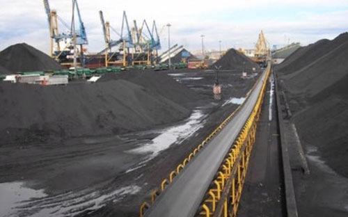 Tổng nhu cầu than của cả nước năm 2016 là 41,8 triệu tấn, đến năm 2020 là 74,9 triệu tấn và năm 2030 là 143,7 triệu tấn, trong  khi khả năng khai thác nội tại của Việt Nam là thấp hơn nhiều.<br>