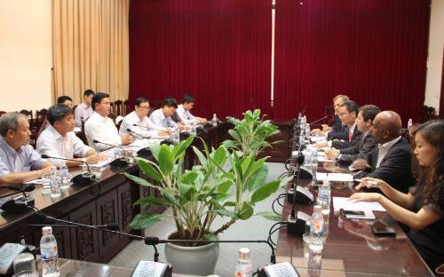 Cuộc làm việc giữa Bộ Giao thông Vận tải và đại diện APDM vào ngày 17/9 vừa qua.<br>