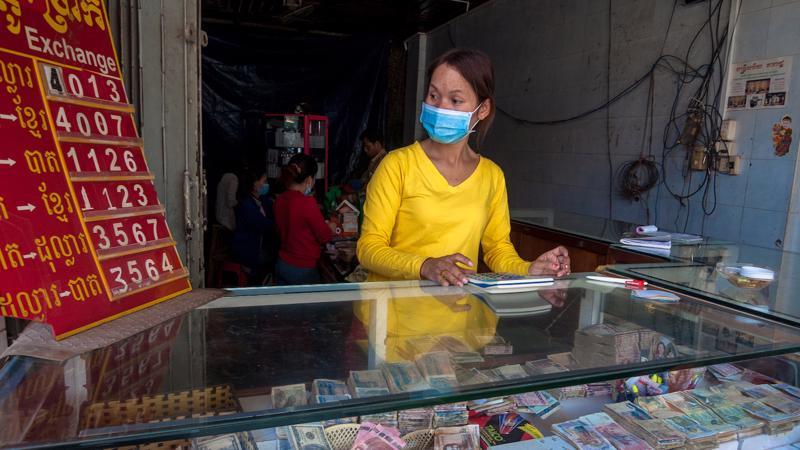 Một điểm thu đổi ngoại tệ ở Campuchia.