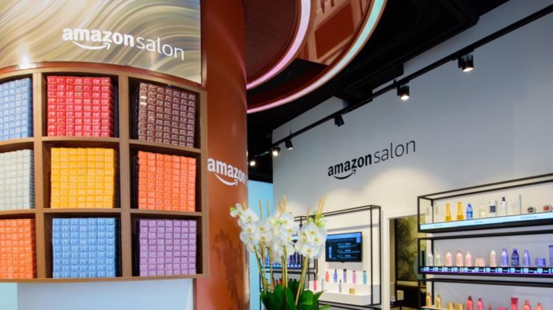 Bên trong tiệm cắt tóc đầu tiên của Amazon - Ảnh: Amazon