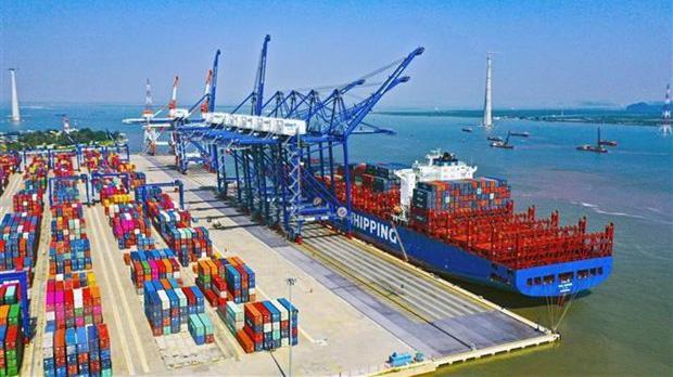 Cảng quốc tế Lạch Huyện tại Hải Phòng
