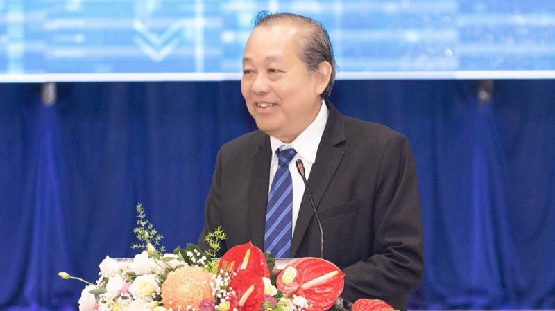 Phó Thủ tướng thường trực Trương Hòa Bình chỉ đạo Long An cần tiếp tục cải cách thể chế, cải thiện môi trường đầu tư...
