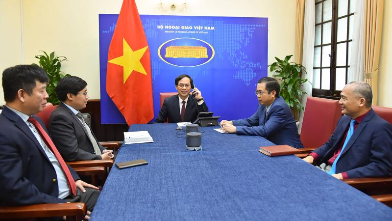 Bộ trưởng Ngoại giao Bùi Thanh Sơn đã điện đàm với Bộ trưởng Ngoại giao Ấn Độ Subrahmanyam Jaishankar ngày 16/4 - Ảnh: Bộ Ngoại giao