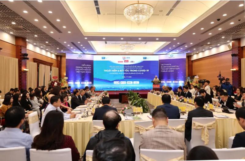 Diễn đàn Doanh nghiệp chuyển đổi số Việt Nam 2020 với chủ đề Thoát hiểm và bứt tốc trong Covid 19.