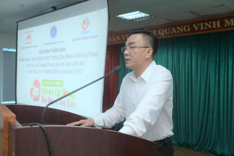 Bác sỹ Nguyễn Lương Tâm - Phó Giám đốc Sở Y tế Hà Tĩnh phát biểu tại Hội nghị.