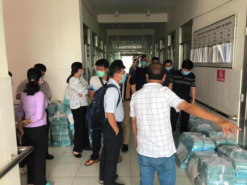 Đoàn công tác của Bệnh viện Chợ Rẫy khảo sát hiện trường xây dựng Bệnh viện dã chiến tại Hà Tiên